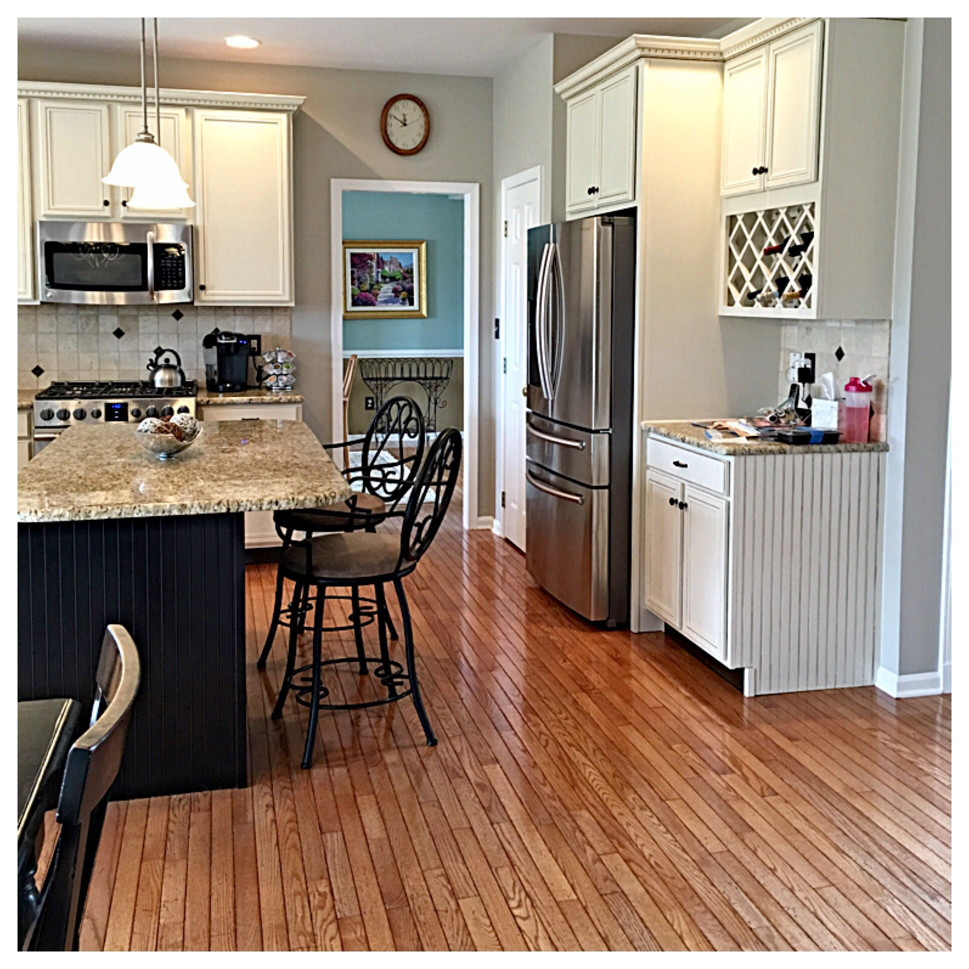 Kitchen cabinet refresh! Sherwin Williams pro paint & General ...