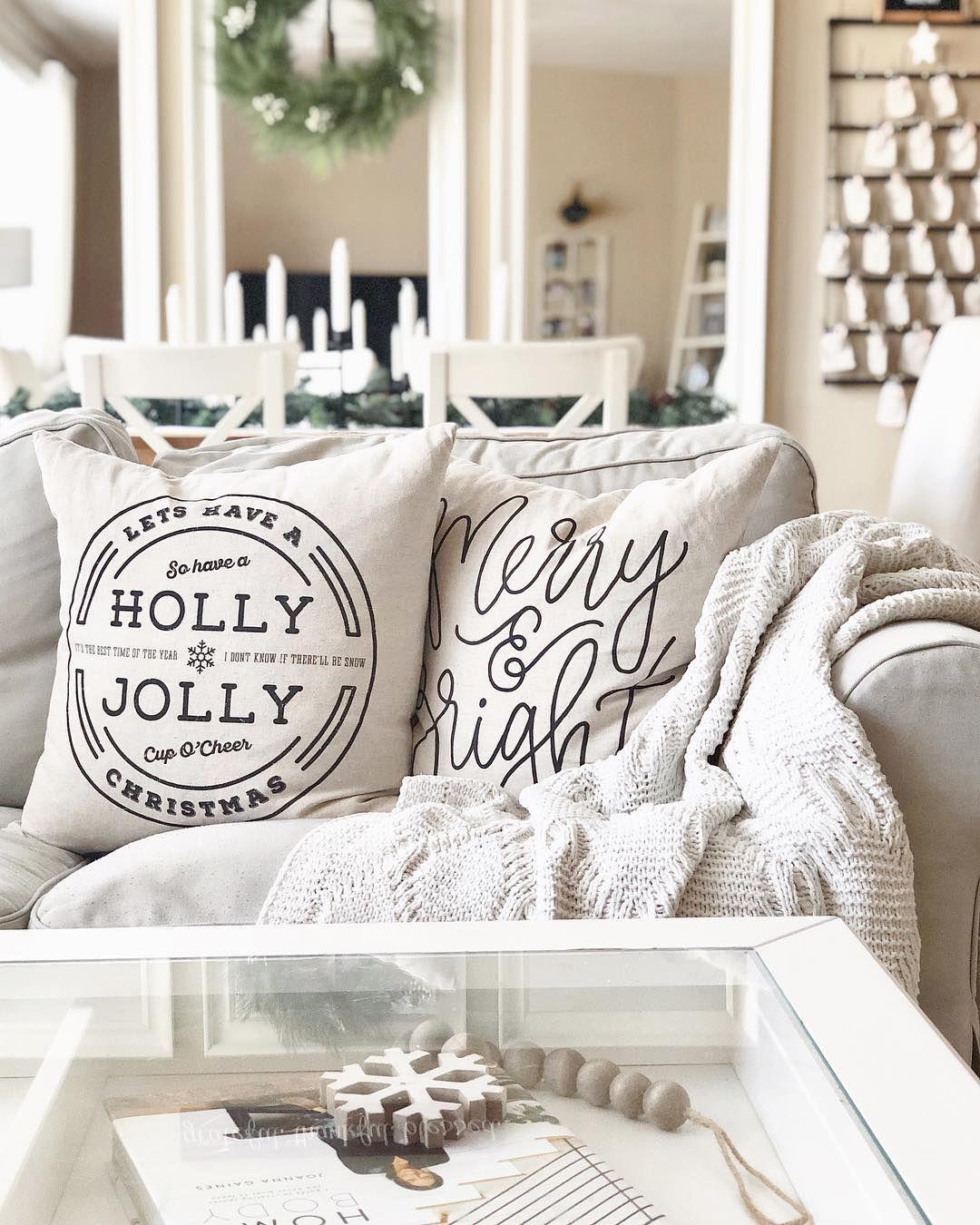 Black & White Farmhouse Christmas Pillows. Neutral Decor