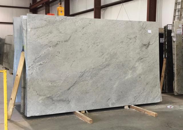 Comet White Granite Slab 2440 In 2020 White Granite Slabs White Granite Granite Slab