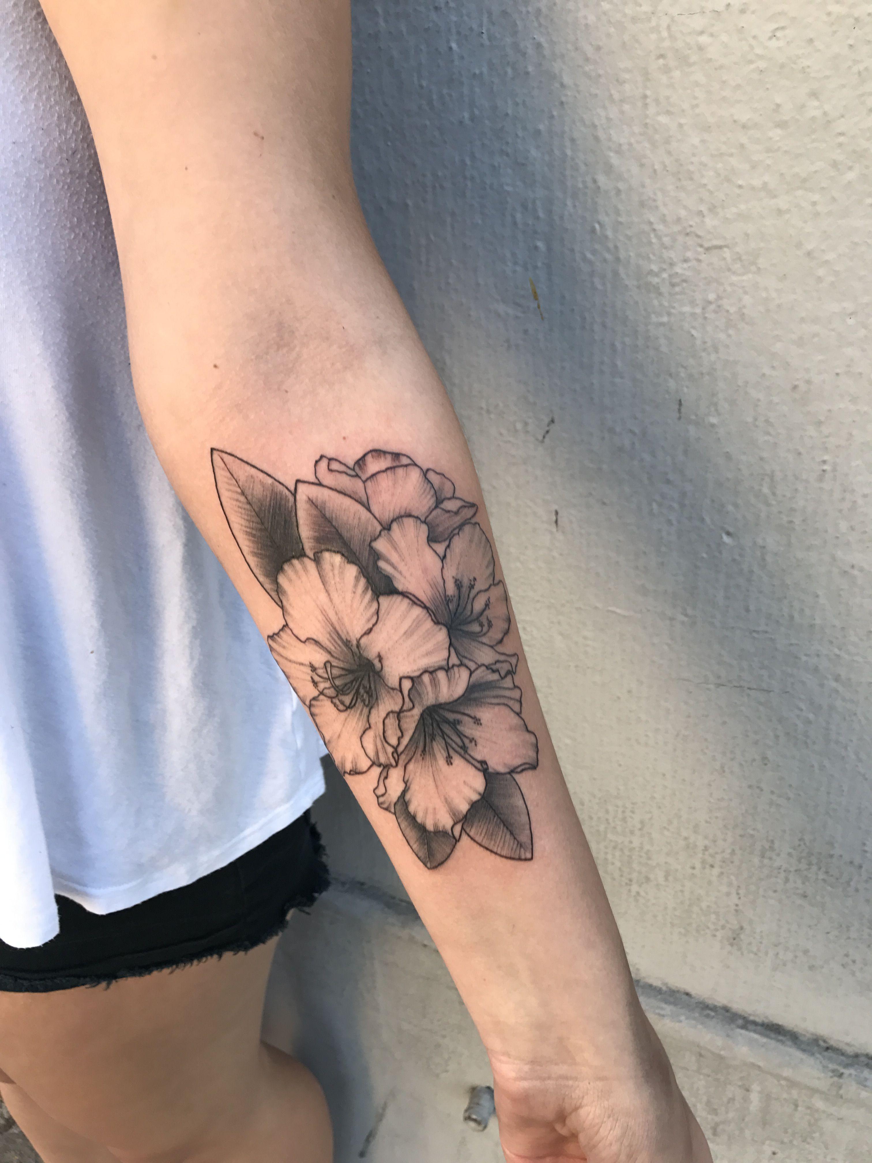 Rhododendron arm tattoo Arm tattoo, Tattoos, Flower sleeve