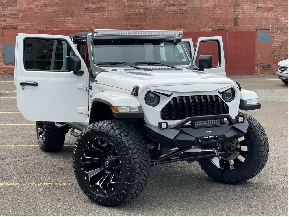 2020 Jeep Wrangler SAHARA 2020 Jeep Wrangler 4WD Unlimited