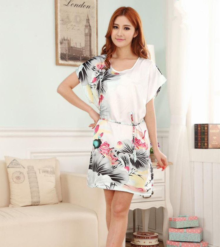 c7072f6ad6 Gender  Women Item Type  Robes Pattern Type  Floral Fabric Type  Poplin  Material  Rayon
