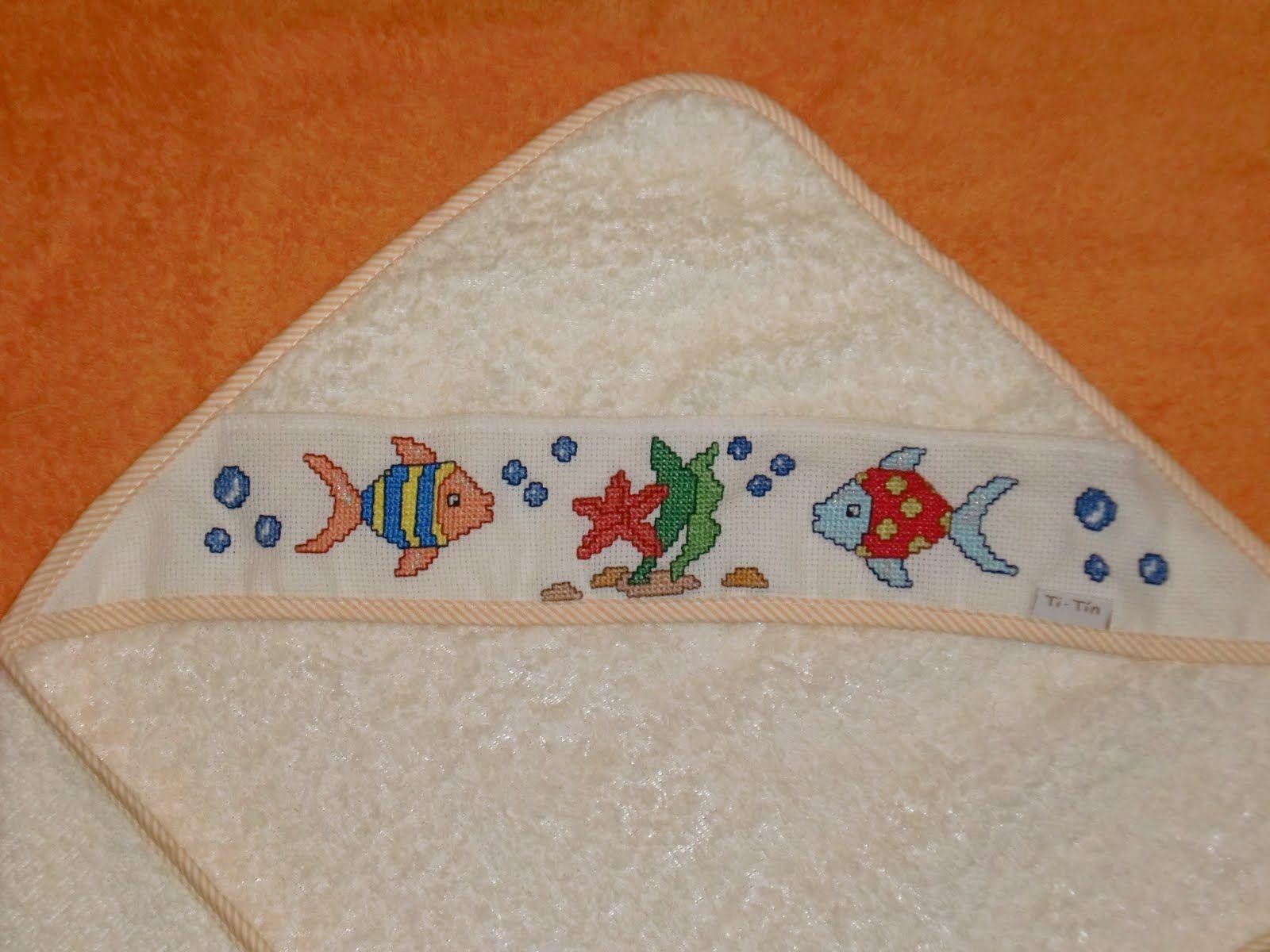 Patrones punto de cruz toallas bebé - Imagui   Bebé   Pinterest ...
