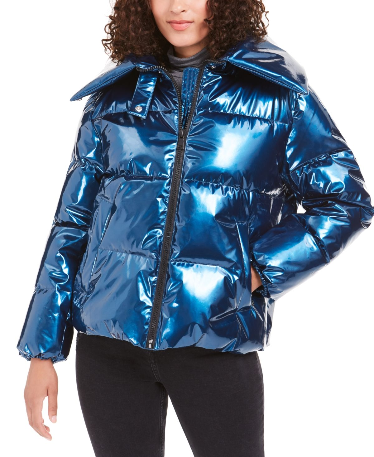 Pin By Edelsteen Kat On Shiny Jackets Kendall And Kylie Clothing Girls Puffer Jacket Puffer Coat [ 1466 x 1200 Pixel ]