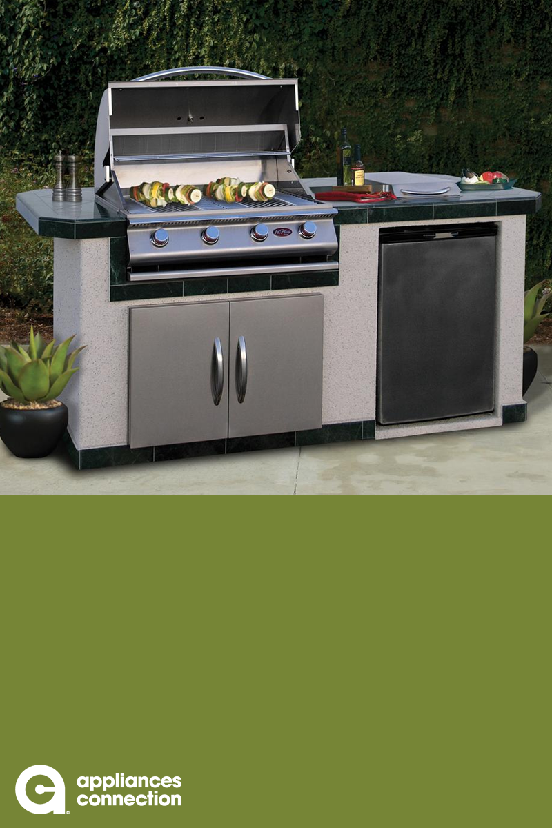Cal Flame Lbk710 Bbq Island With 4 Burner Liquid Propane P4 Grill Side Burner Stainless Steel Refrigerator A Cal Flame Outdoor Kitchen Island Outdoor Kitchen