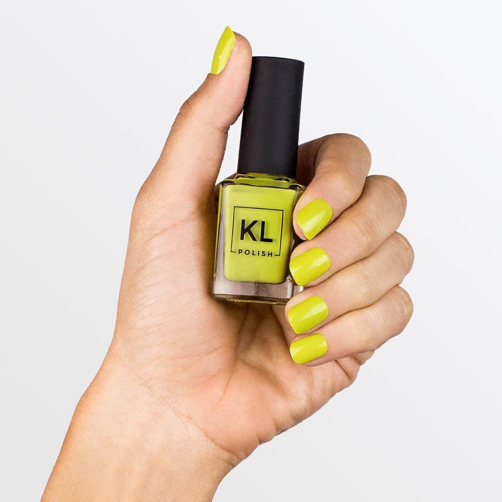 305 | Nail polish colors and Makeup