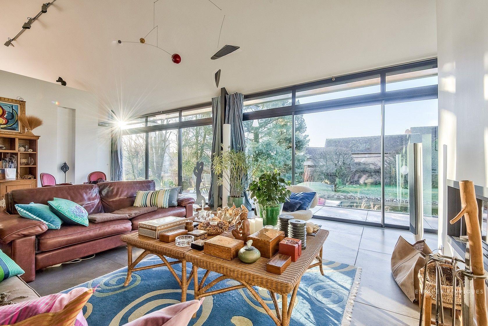 Une maison contemporaine en verre   Maison, Planete deco et Maison de verre