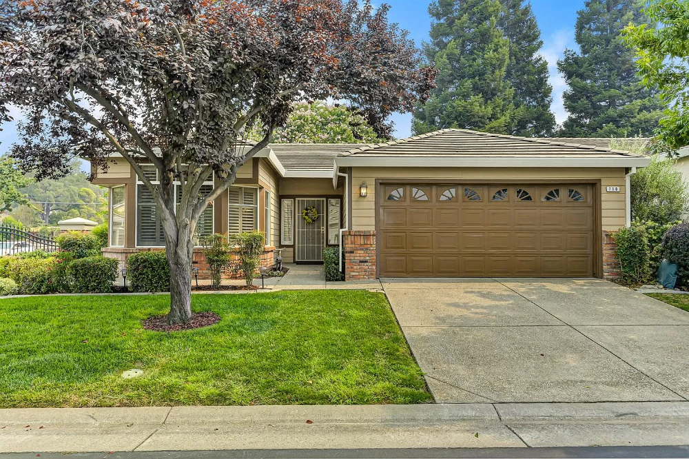 710 Diamond Glen Cir Folsom Ca 95630 Mls 20047311 Zillow In 2020 Real Estate Folsom Club House