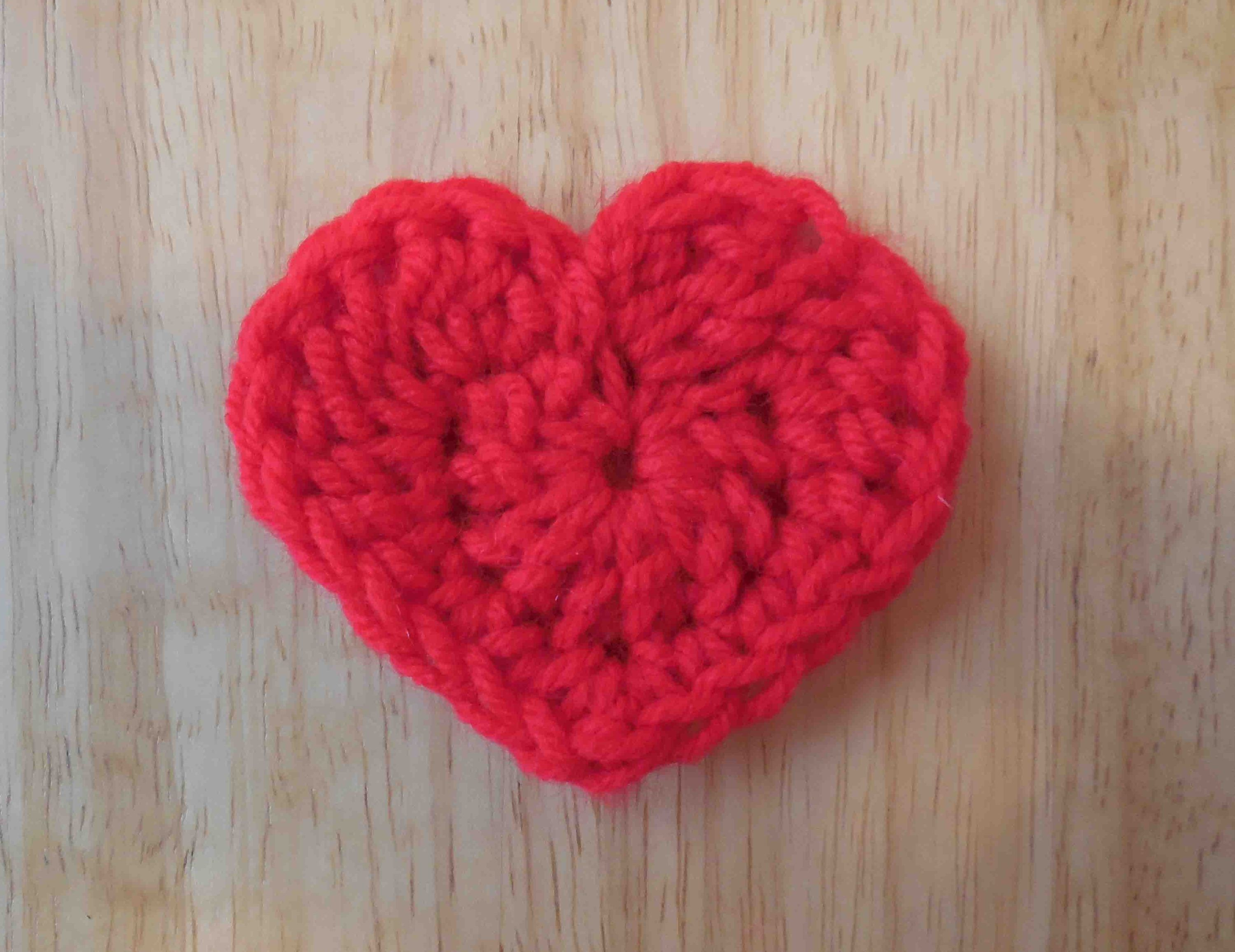 The easiest heart crochet pattern ever heart patterns crochet crochet heart pattern bankloansurffo Images