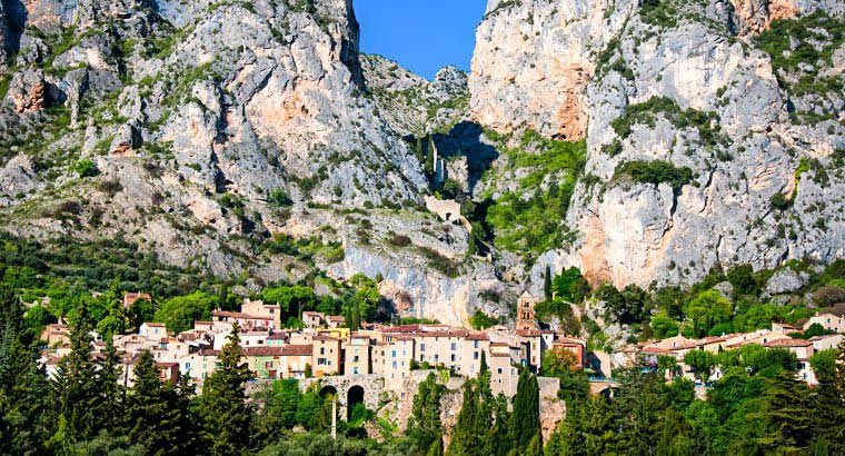 La Bastide de Moustiers - I get that this is a city tucked into some ...