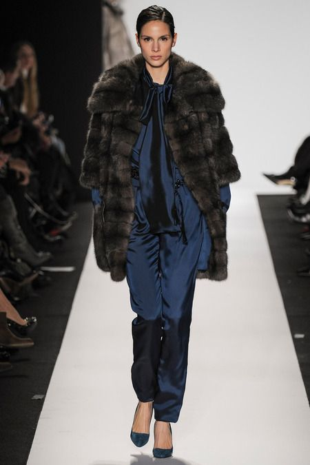 Dennis Basso | Fall 2014 Ready-to-Wear Collection | Style.com
