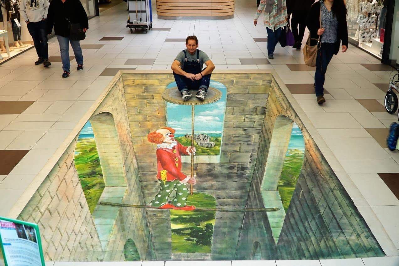 Klassiko Gregor Wosik Ist Strassenkunstler Aus Monchengladbach Und Malt 3d Illusionsbilder Auch Detaillierte O Strassenmalerei Illusion Bilder Strassenkunstler