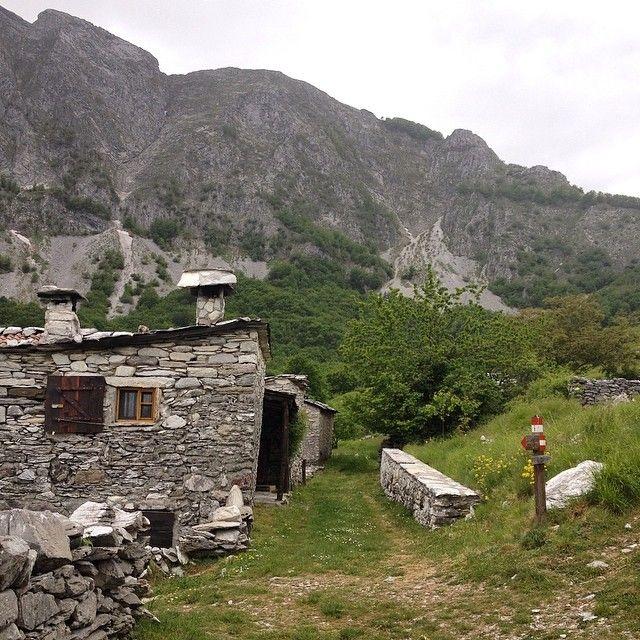 La magia di #Campocatino. #Trekking Alpi #Apuane #vadoevedo