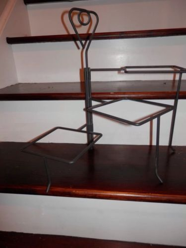 Simple Additions Pampered Chef Wrought Iron 3 Tier Serving