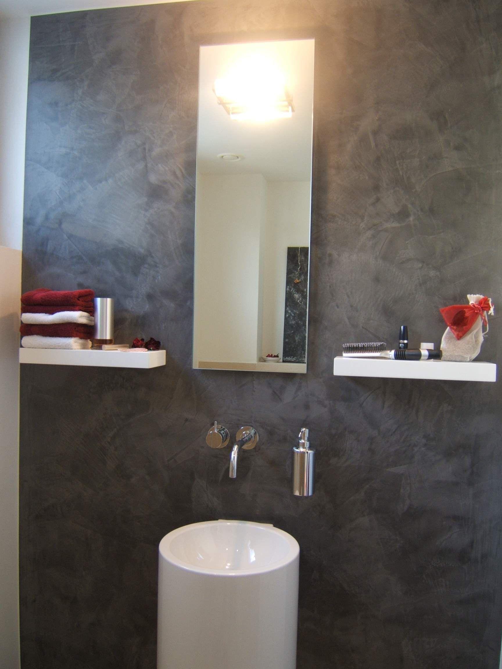 Glnzender Stucco im Badezimmer Mehr Infos unter www
