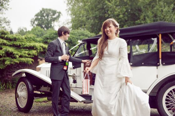 A VINTAGE GARDEN WEDDING: EMMA & TOMASZ PENDLETON | Raspberry Wedding