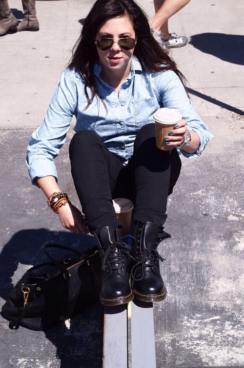e1cd6088636a How To Wear Doc Martens - Look  1  Skinny Jeans