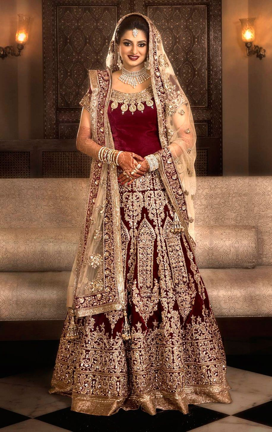 Malhotra Manish bridal lehanga collection pictures forecasting dress for autumn in 2019