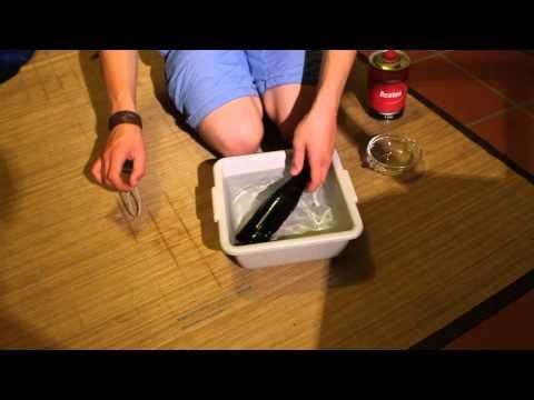 diy plasteflaschen recycling gesteck in alter cola. Black Bedroom Furniture Sets. Home Design Ideas