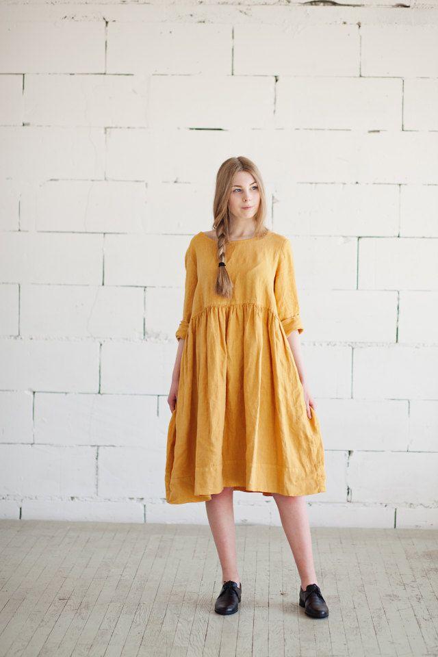 Lange Ärmel gelben Kittel Kleid besteht aus 100 % ...