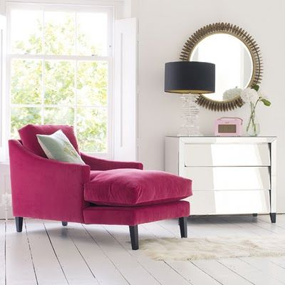 I want this chaise for my bedroom.