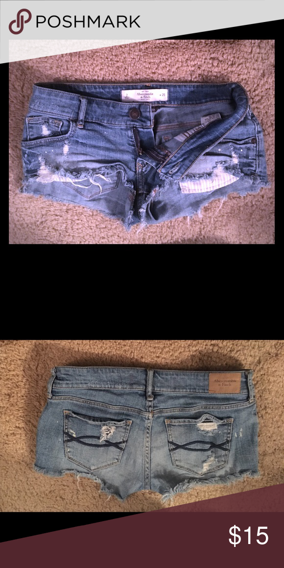 Size 2 Perfect Stretch Abercrombie & Fitch Shorts Size 2 (waist 26) perfect stretch Abercrombie and Fitch distressed denim shorts Abercrombie & Fitch Shorts Jean Shorts