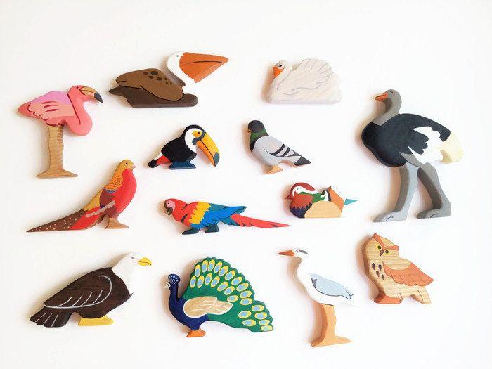 Wooden bird Pelican Bio Toy Partyfavors Boys and Girls Bird Zoo Animals Birthday present Waldorf Wooden Pelican Toy Toys for Kids