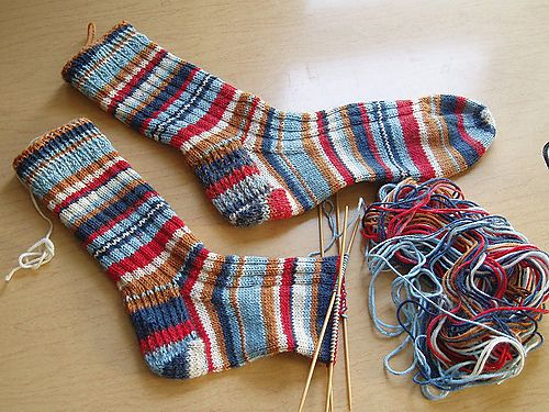 Ravelry: Suzs Simple Sock Instructions pattern by Susannah Williams free pattern