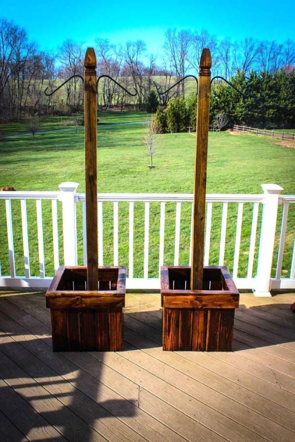 Homemade Hanging Planters Will Transform Your Backyard For Summer  Planters  Ideas of Planters  Including a planter to your house is the simplest method to border yoursel...