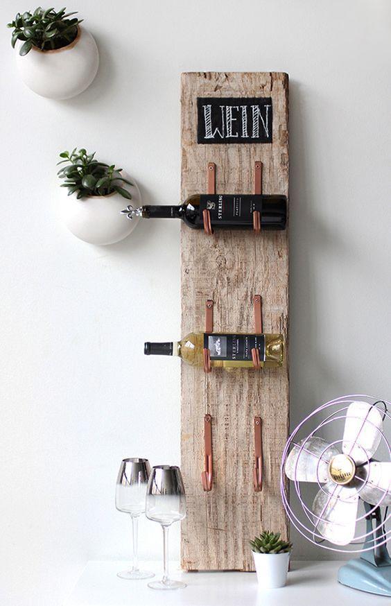 Coole Bastelidee Für Rustikales Weinregal Selber Bauen Mit Holz Und  Rinnenhalter | Heimwerken | Pinterest | Selber Bauen Mit Holz, Rustikale  Weinregale Und ...