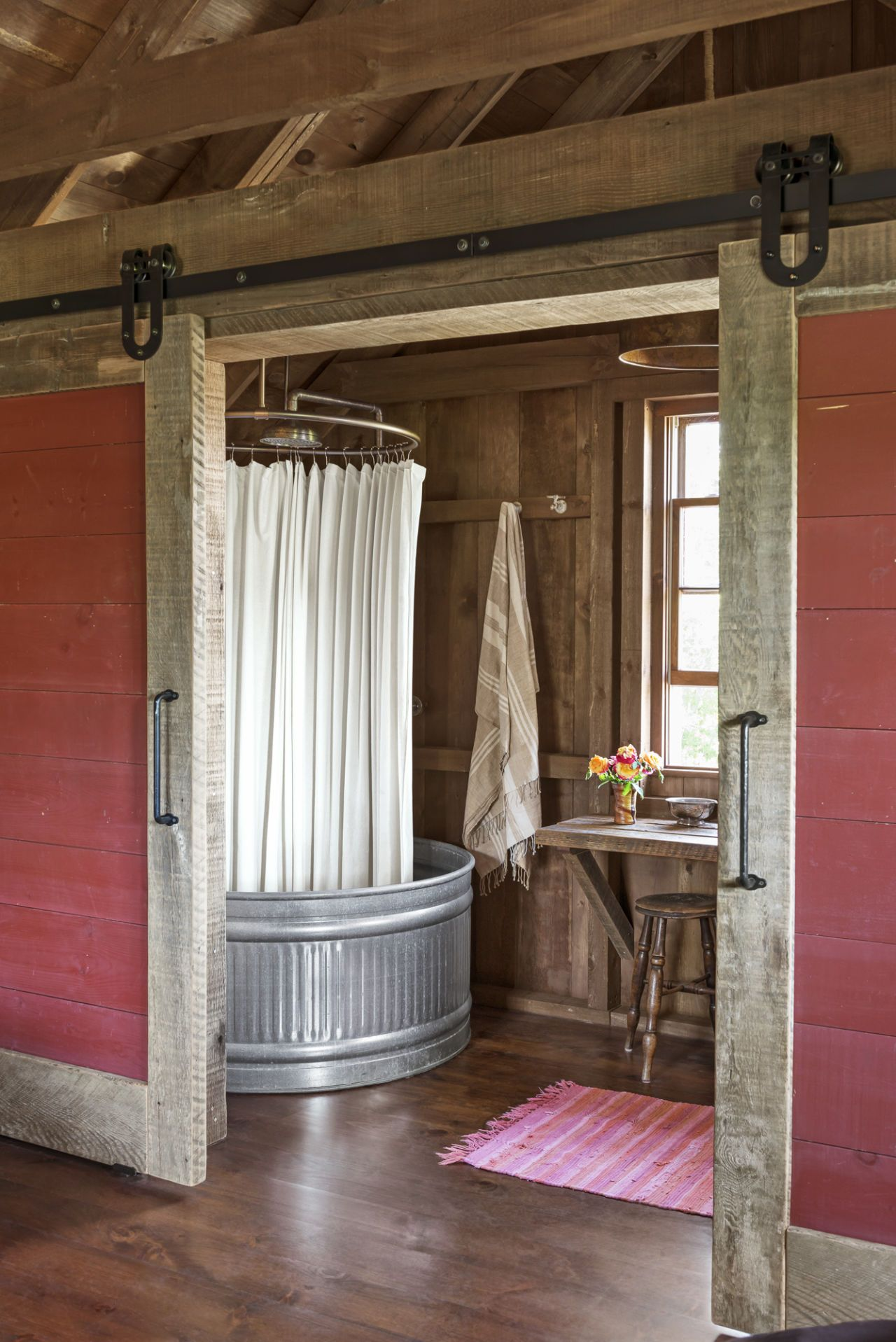 Salle De Bain Yourte ~ you re going to lose your mind over the inside of this barn