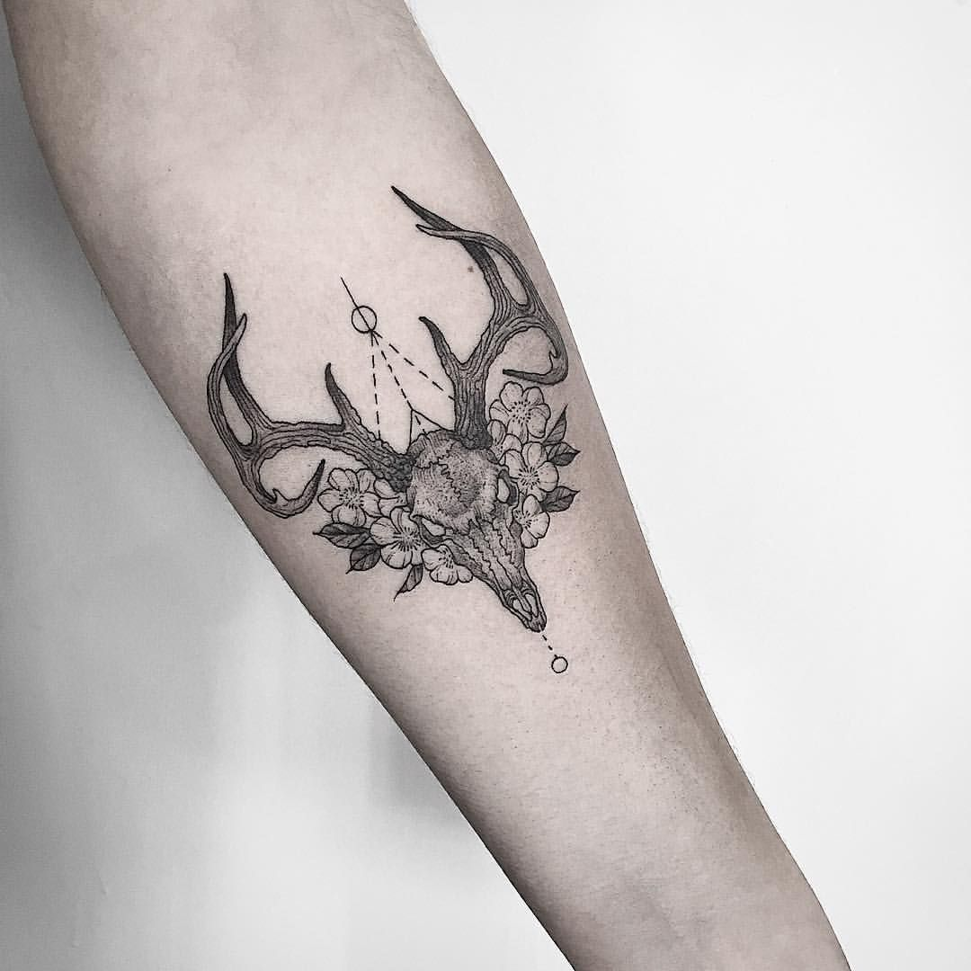 Instagram Photo By T H O M A S B A T E S Jul 7 2016 At 6 37pm Utc Antler Tattoos Tattoos Animal Skull Tattoos
