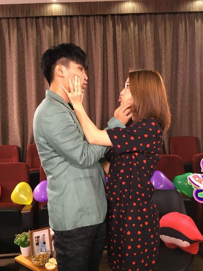 Another Promise of Marriage at 30 Aaron Yan to Gui Gui アーロン