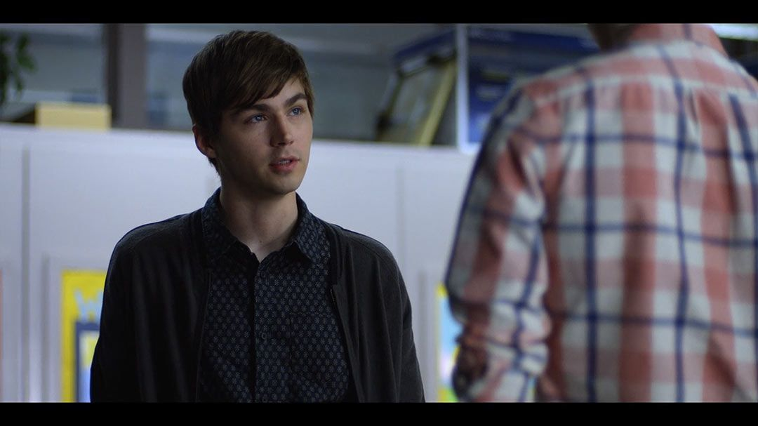 Miles Heizer as Alex Standall in season 2, episode 2 of 13 ...