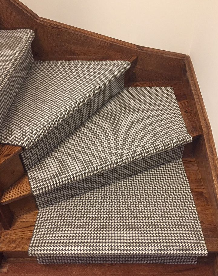 The Houndstooth Style Is Sure To Add A Sophisticated And Vibrant Flare To Any Stair Area Rug Or Runner Grey Carpet Patterned Carpet Stair Runner Carpet