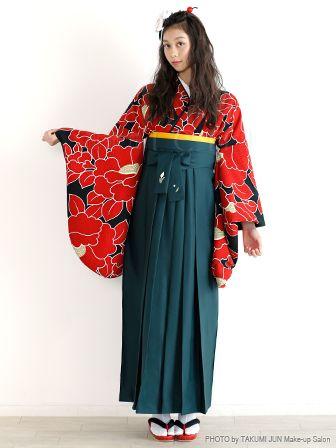 前髪なし 編み込み 卒業式の袴 ドレスに似合う ロング の髪型 2ページ目 Curet キュレット まとめ 着物 女性 卒業式 袴 袴