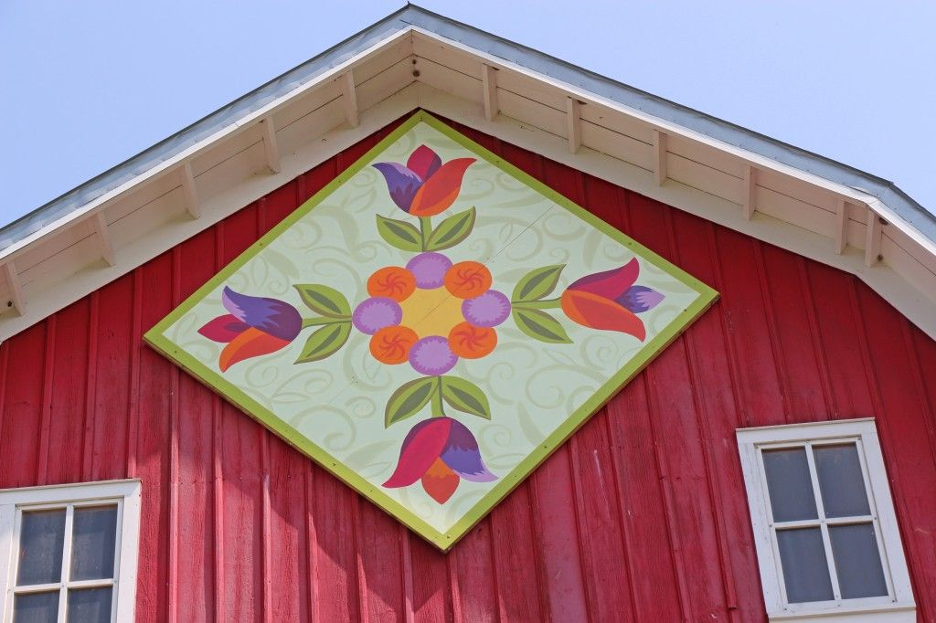 Wooden quilt squares brighten barns in Carver County ...