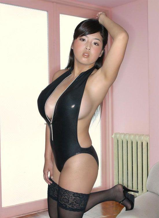 I love naked bitches — photo 7