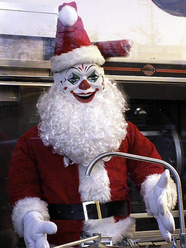 I Am Afraid Tengo Miedo Creepy Christmas Creepy Clown Santa Claus Pictures