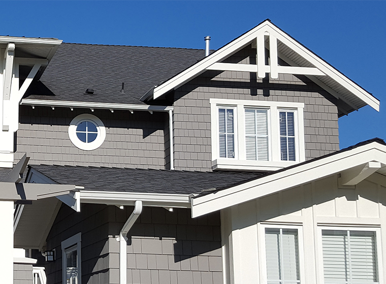 Exterior Colors That Go With A Gray Roof Gray House Exterior Roof Colors Exterior Paint Colors