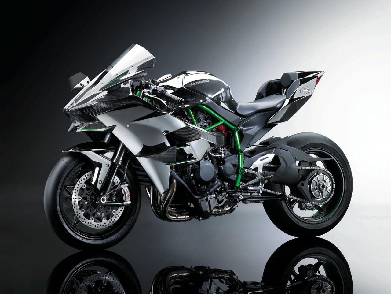 Kawasaki Ninja H2R is a 300-hp supercharged carbon-fiber cruise missile [w/video] - Autoblog