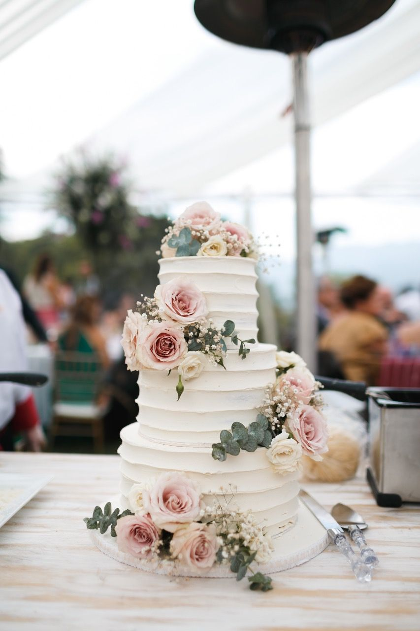 Boho chic wedding cake antiguaguatemala bohowedding www