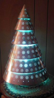 Mirro Aluminum Illuminated 18 Christmas Tree In Org Box Mirro Aluminum Company Ebay Aluminum Christmas Tree Christmas Christmas Bulbs