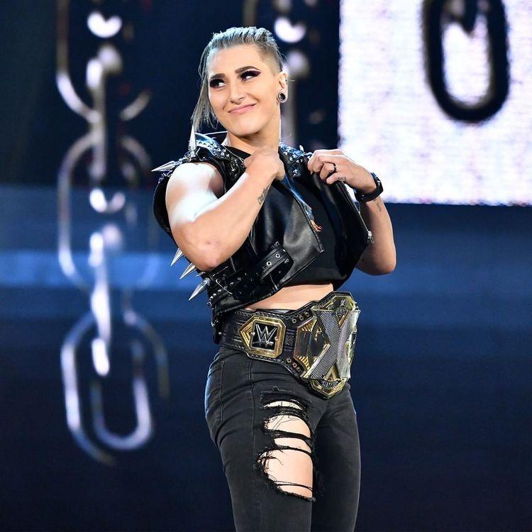 Pin by T.J. Wᴀᴇɢᴇ on WWE Womens Evolution   Wwe womens