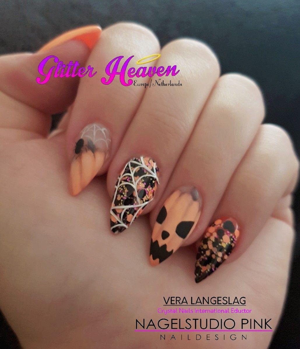 Halloween Arnhem.My Halloween Pumpkin Nails Glitterheaven Veralangeslag Nagelstudiopink Nails Arnhem Sparkle Nailart Glitter Glitterhea Pumpkin Nails Goth Nails Nails