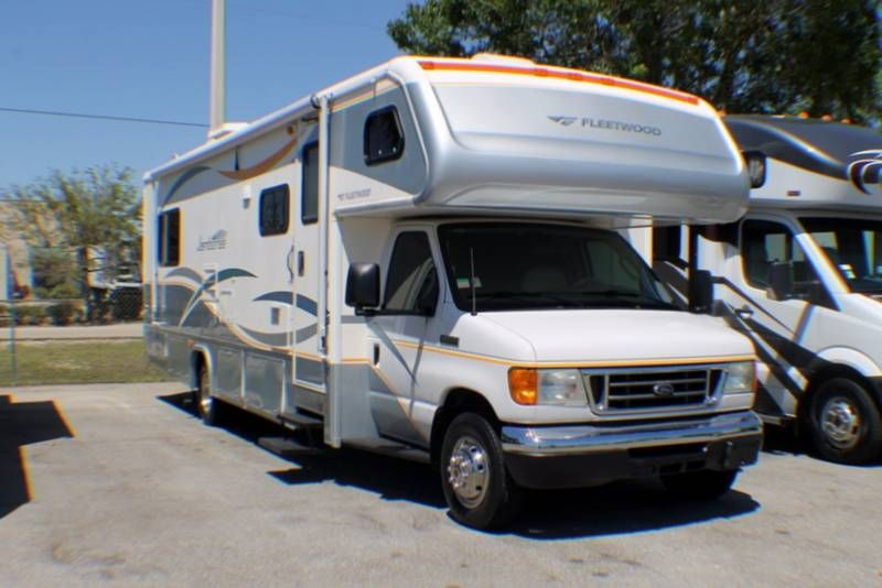 2007 Fleetwood Jamboree 31w For Sale Fort Myers Fl Rvt Com Classifieds Camping World Rv Florida Camping Fort Myers