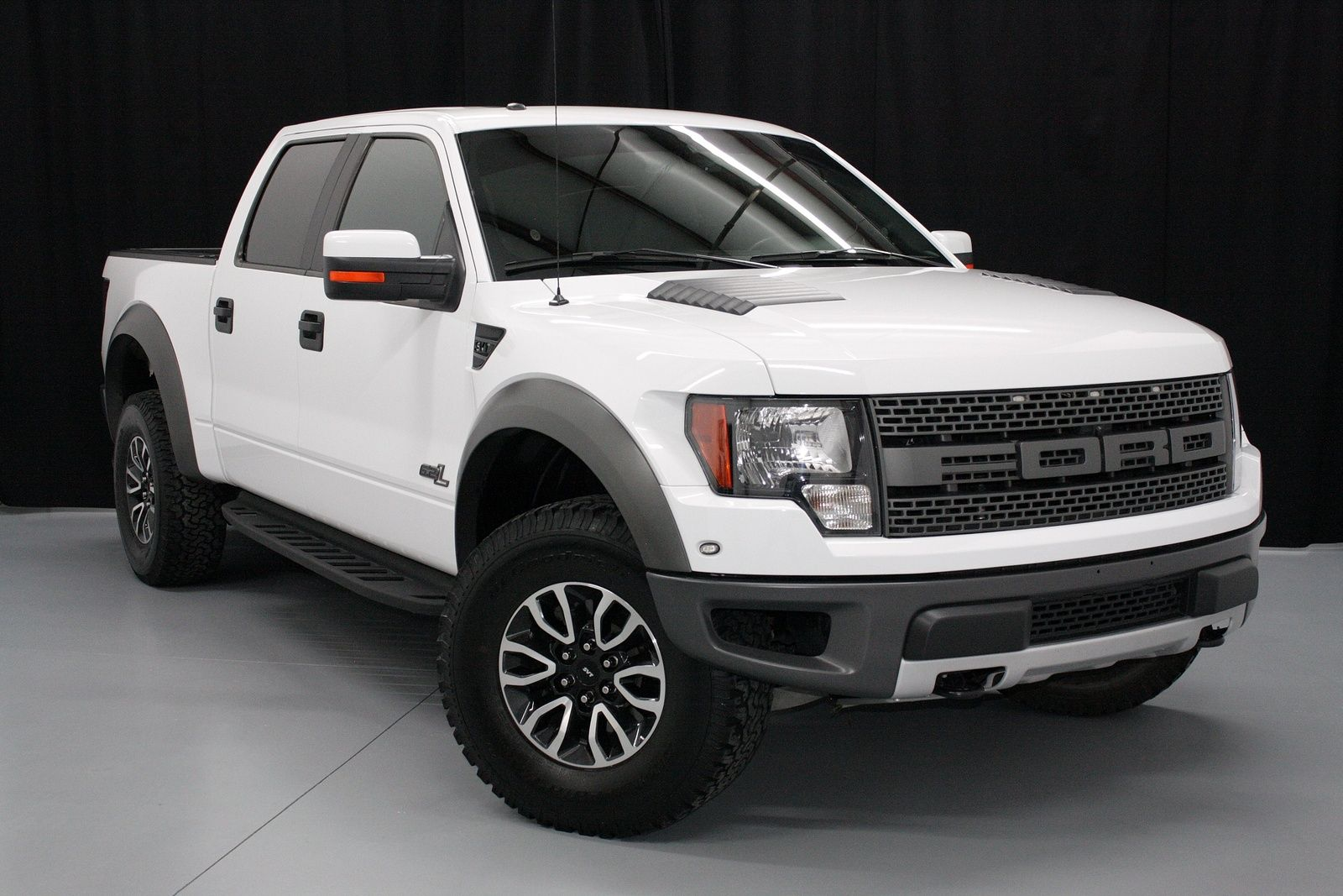 Best 25 ford raptor mpg ideas only on pinterest 2013 ford raptor ford raptor grill and 2012 ford raptor