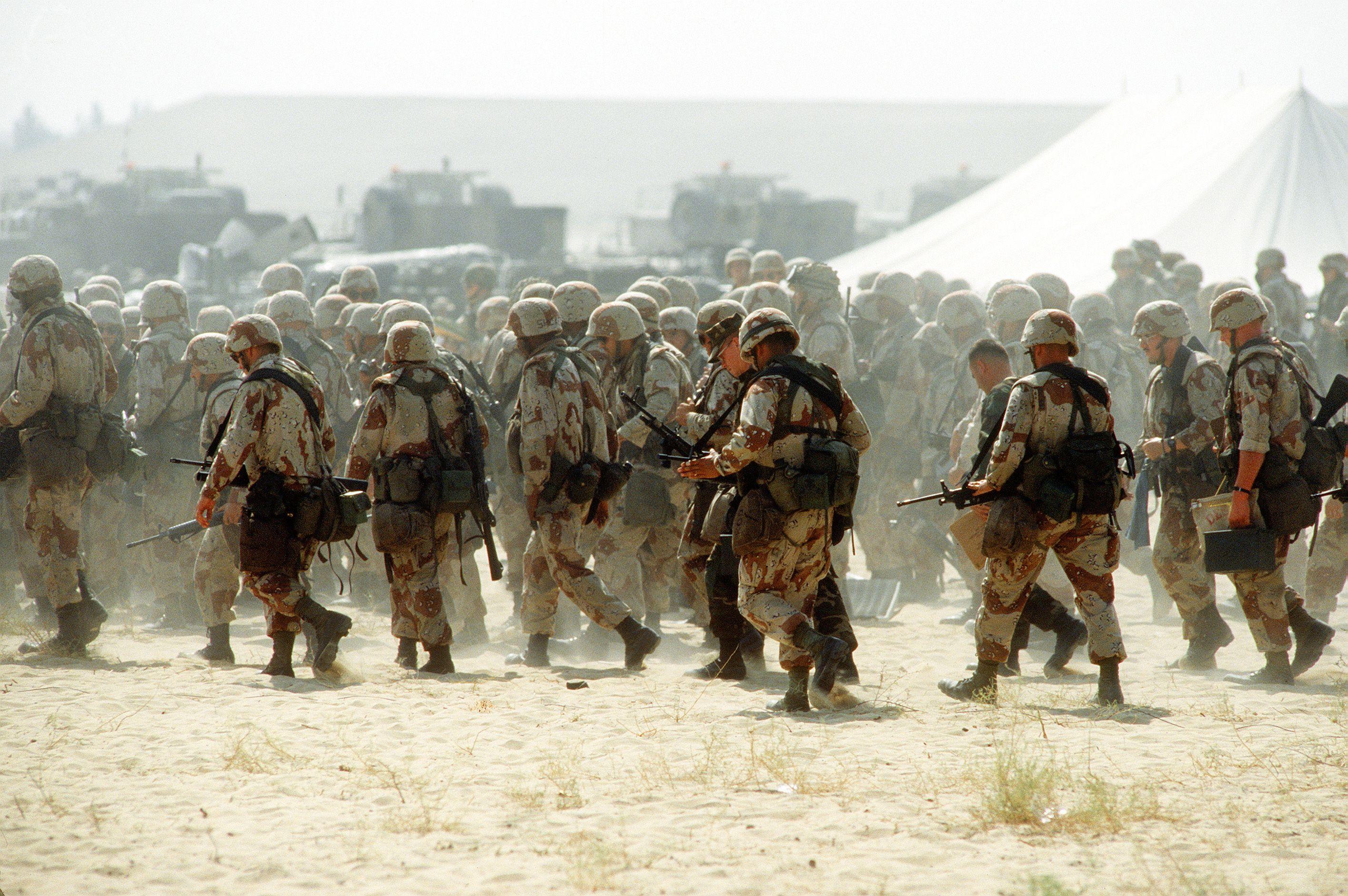 """Résultat de recherche d'images pour """"images soldier US army desert"""""""