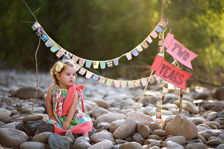 Love this idea for birthday photos!