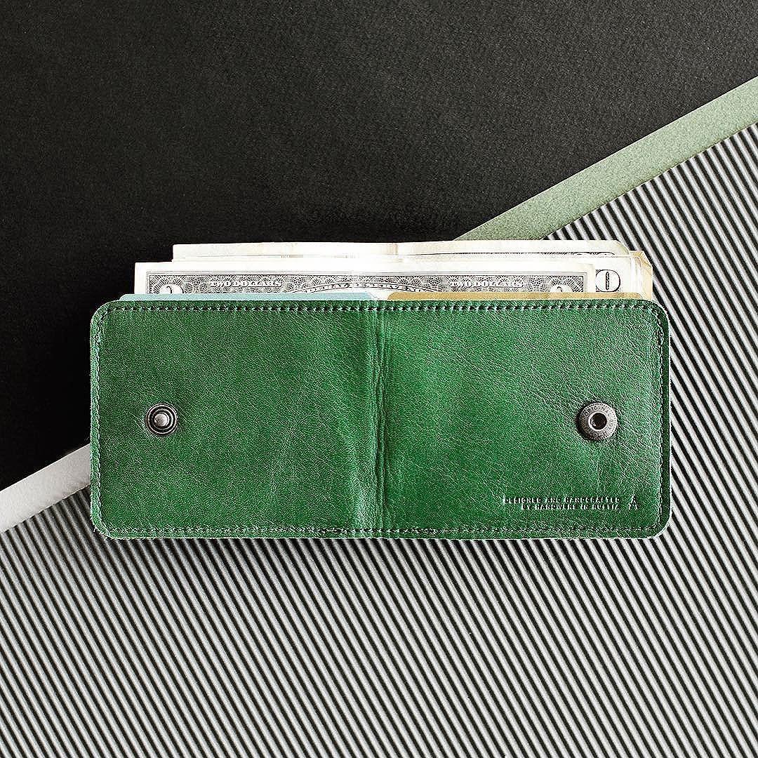 slim wallet @handwers #handwers #leather #green #wallet